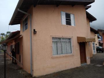 Apartamento / Kitchnet em Caraguatatuba , Comprar por R$150.000,00