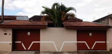 Alugar Casa / Padrão em Pindamonhangaba. apenas R$ 250.000,00