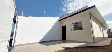 Alugar Casa / Padrão em Caraguatatuba. apenas R$ 245.000,00