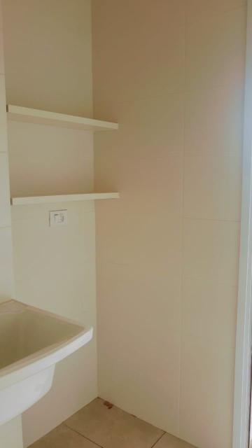Alugar Apartamento / Padrão em Caraguatatuba R$ 2.200,00 - Foto 11