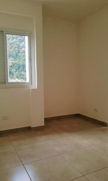 Alugar Apartamento / Padrão em Caraguatatuba R$ 2.200,00 - Foto 9