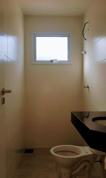 Alugar Apartamento / Padrão em Caraguatatuba R$ 2.200,00 - Foto 17