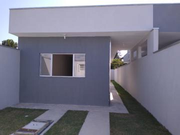 Alugar Casa / Padrão em Caraguatatuba. apenas R$ 240.000,00