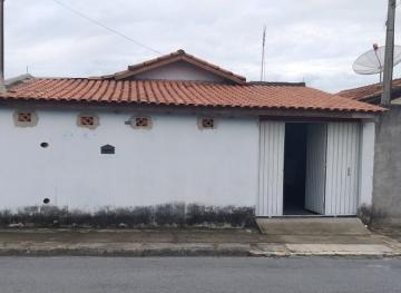 Alugar Casa / Padrão em Pindamonhangaba. apenas R$ 160.000,00