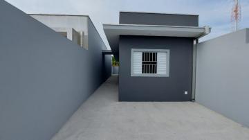 Alugar Casa / Padrão em Caraguatatuba. apenas R$ 270.000,00