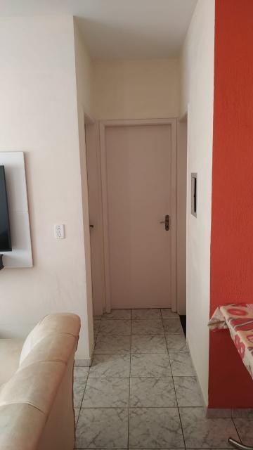 Comprar Apartamento / Padrão em São José dos Campos R$ 240.000,00 - Foto 3