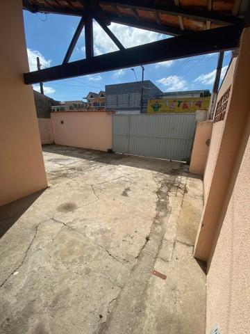 Comprar Casa / Padrão em São José dos Campos R$ 450.000,00 - Foto 2