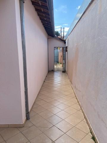 Comprar Casa / Padrão em São José dos Campos R$ 450.000,00 - Foto 4