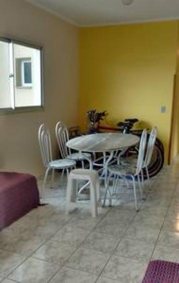 Alugar Apartamento / Padrão em Caraguatatuba. apenas R$ 320.000,00